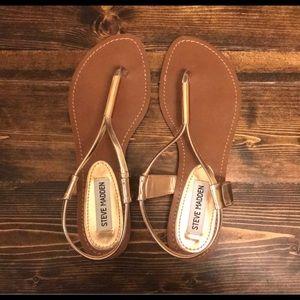 NWOT Steve Madden rose gold/ nude sandals